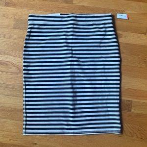 Brand new Old Navy pencil skirt - Black/White